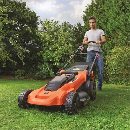 Black and Decker - ro 36V 48CM Autosense Mower with 2 batteries - CLMA4820L2